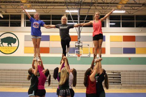 Winter cheerleading cheers into the new season