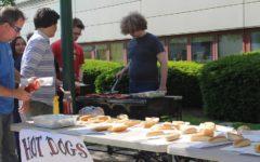 Students having fun at Spring Fest (Photos)