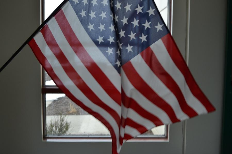 Do you stand for the Pledge of Allegiance?  This writer believes you should.