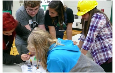 STEM helps freshmen learn more about science & math (Photos)