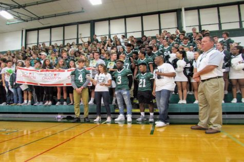 School spirit starts early with Friday Morning Lights (Photos)