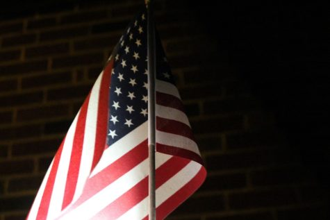Students should stand for the Pledge of Allegiance (Editorial)