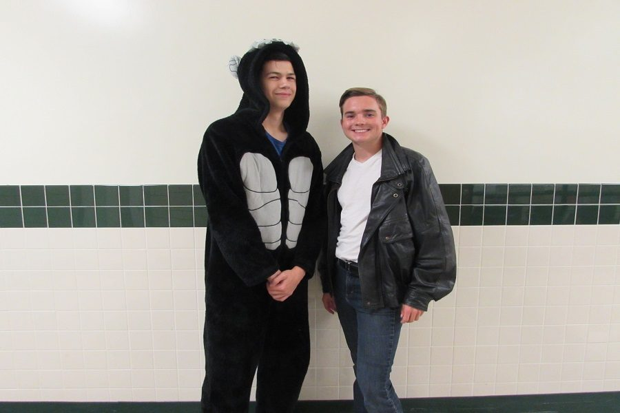 Seniors Ben Mouritsen and Nick Brewbaker pose in costume. Greaser was a popular choice for guys.
