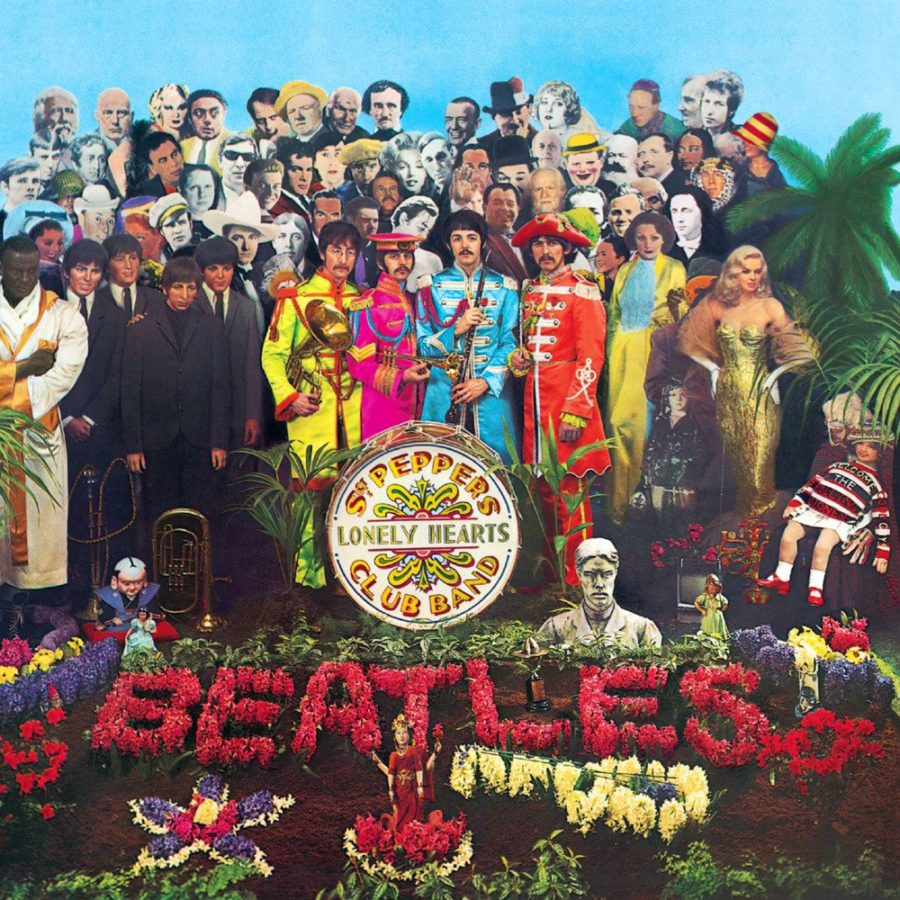 %22Sgt.+Pepper%27s+Lonely+Hearts+Club+Band%22+by+The+Beatles