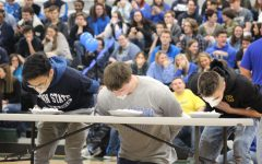 "A ""Mini"" gathering: Students celebrate Mini-THON at Winter Week pep rally (Photos)"
