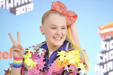 FINDING PEACE: JoJo Siwa arrives at the Nickelodeon Kids