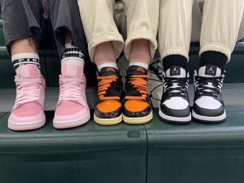 Air Jordan 1s are back! Ava Grippin, Heidi Heinlein, and Breonna Reiber show off their kicks in the above photo. Sneaker hype has always been a thing but this year the re-selling of Jordans market has skyrocketed.